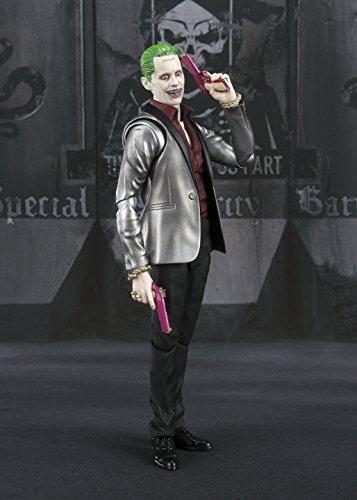 Tamashii-Nations-52618-El-Joker-suicidio-Squad-SH-Figuarts-figura-0-6